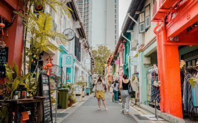 7 Unique Singapore Souvenirs to Bring Home With You