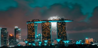 Where to Catch New Year's Eve Fireworks in Singapore