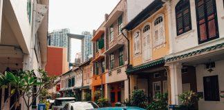 Rows of Shophouse in Singapore against Pinnacle Duxton