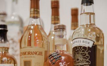 bottles,whiskies,scotch