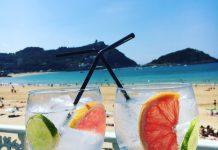 Drinks,At,The,Beach,Of,San,Sebastian,,North,Of,Spain